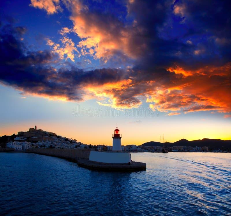 городок захода солнца маяка ibiza eibissa красный стоковая фотография rf