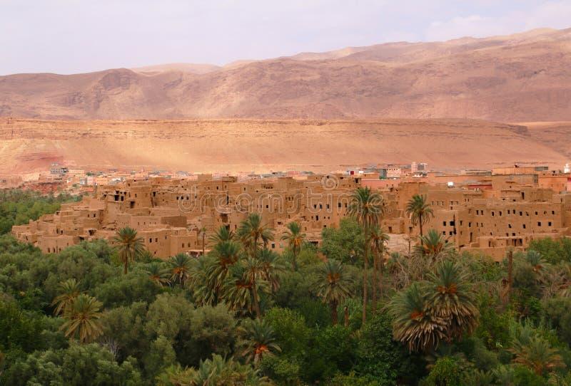 Городок оазиса Tinghir в Марокко стоковое изображение rf