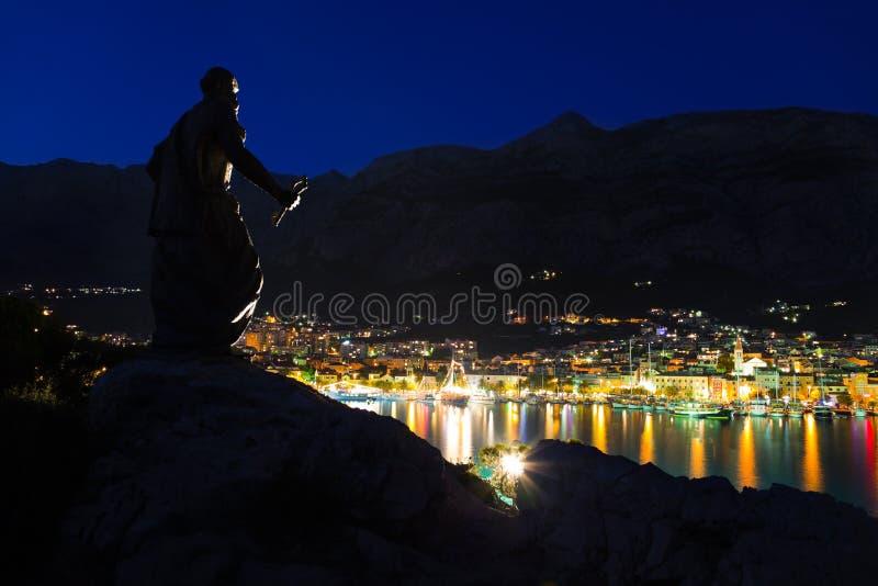 городок памятника makarska Хорватии стоковое изображение