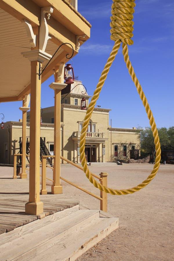 городок правосудия hangman старый на запад одичалый стоковые фото