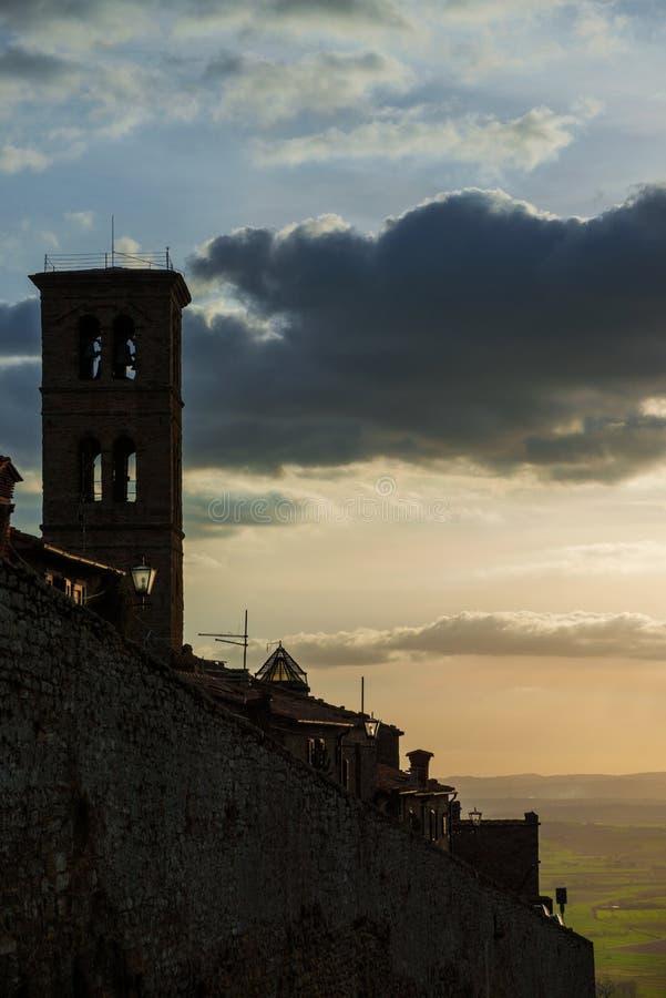 Городок Cortona средневековый в Тоскане стоковое изображение rf