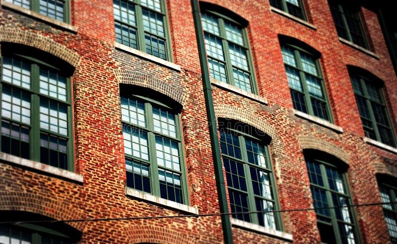 Городские части, кирпичи и стекло стоковое фото