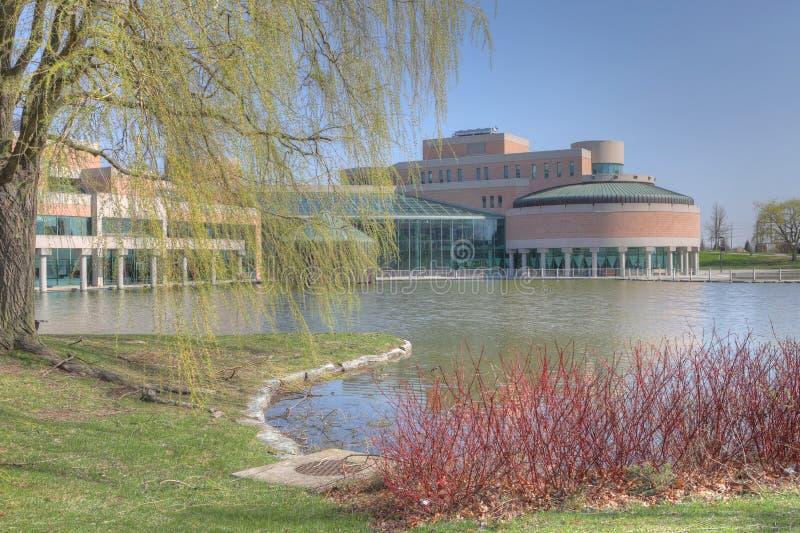 Городской административный центр в Markham, Канаде на красивый день стоковые фотографии rf