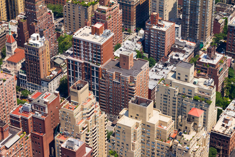 Городской вид с птичьего полета города стоковое фото