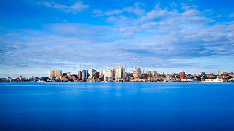 Городской горизонт Halifax на восходе солнца стоковые фото