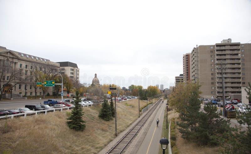 Городской город Эдмонтона осенью стоковая фотография