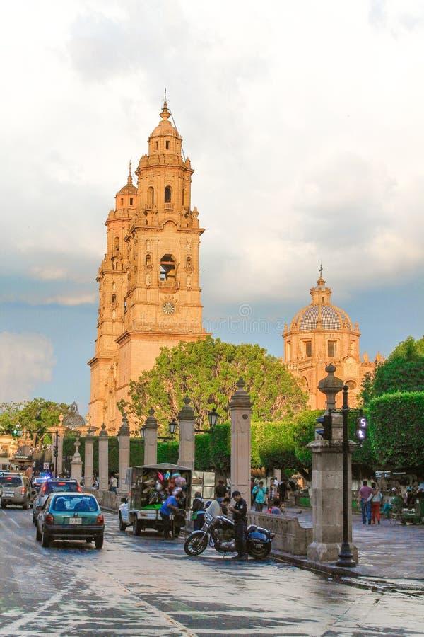 Городской мексиканский портрет церков стоковое изображение rf