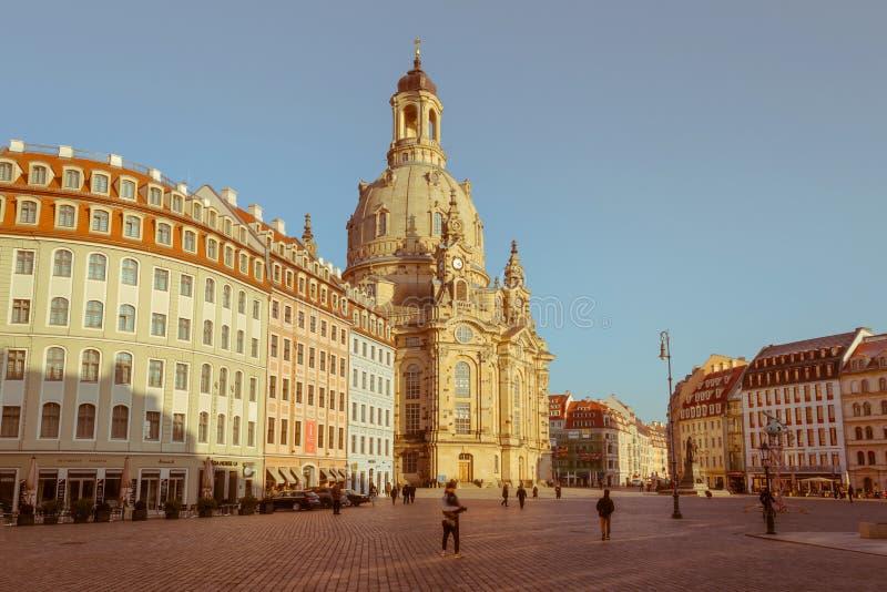 Городской пейзаж вечера Вечер в центре Дрездена стоковое изображение