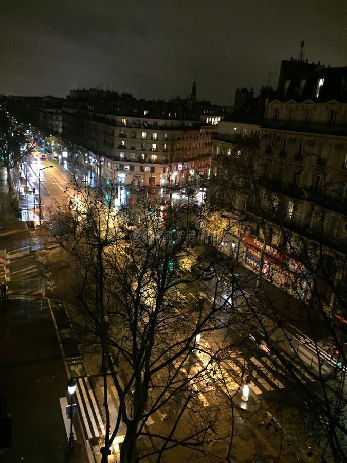 Городской пейзаж Парижа к ночь стоковое фото rf