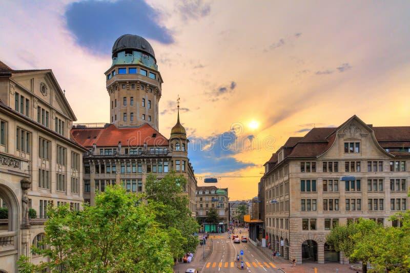 Городской пейзаж Цюрих обсерватории Sternwarte Урании стоковое изображение rf