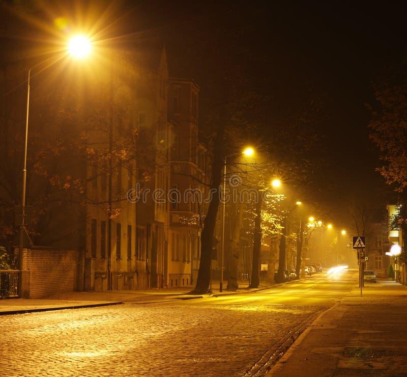 Городской пейзаж Slupsk в осени вечером, Польша стоковая фотография