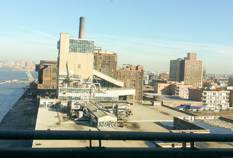 Городской склад или верфь, выглядят как фильм супергероя стоковое изображение rf
