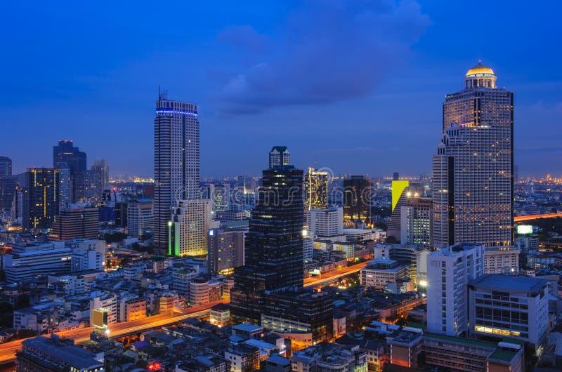 Город Бангкок на ноче стоковые изображения