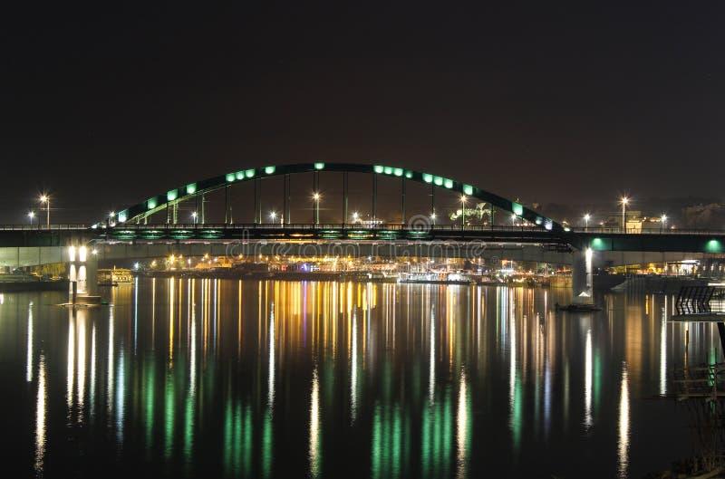 Город Белграда моста стоковые фотографии rf