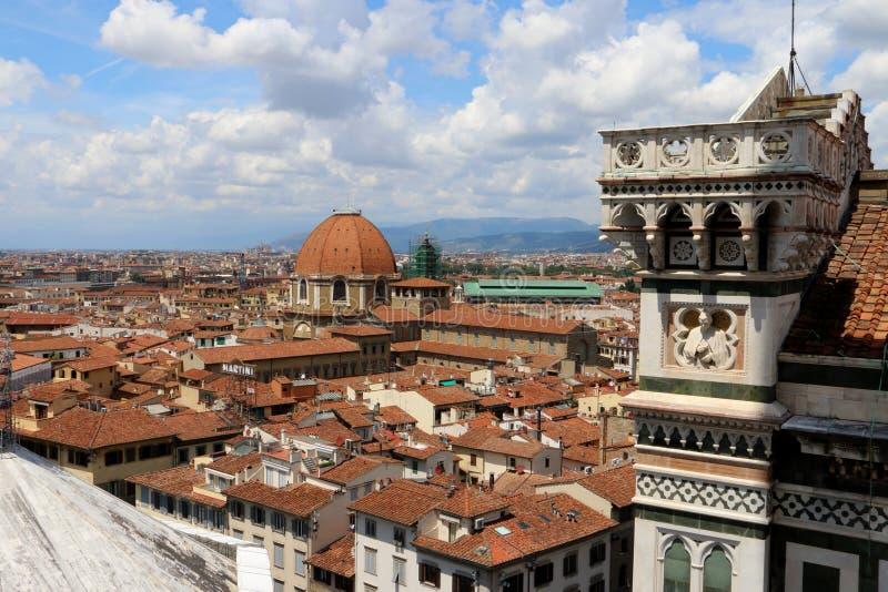 Город взгляда неба Флоренса в летнем времени стоковая фотография