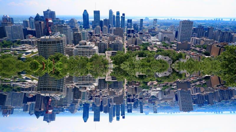 Город Монреаль зеркала стоковое изображение rf