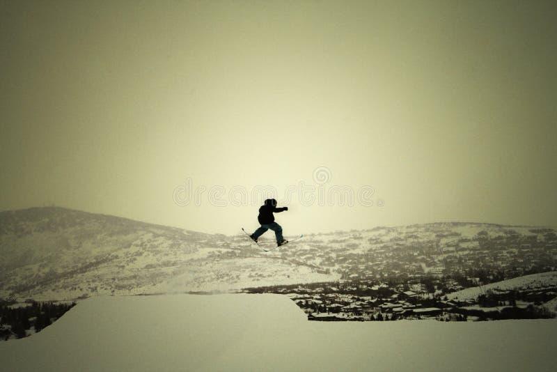 город над лыжником парка стоковая фотография
