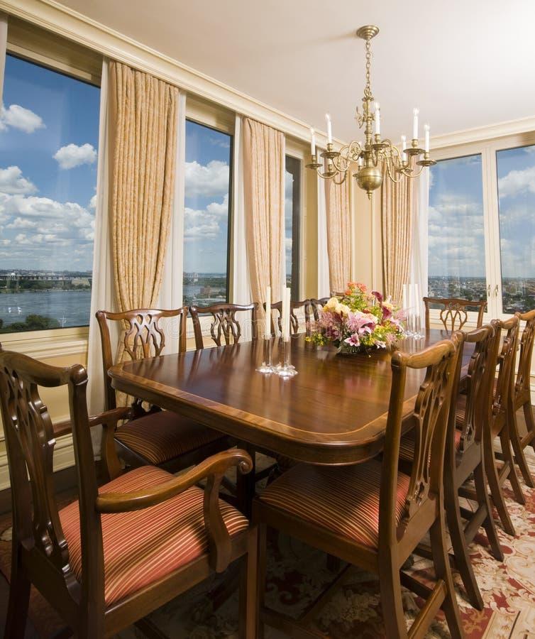 город обедая новый взгляд york комнаты пентхауса стоковое изображение