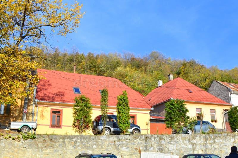 Город Оравита в Банате Типичное зрение в лесах Трансильвании, Румыния Осеннее представление стоковые фотографии rf