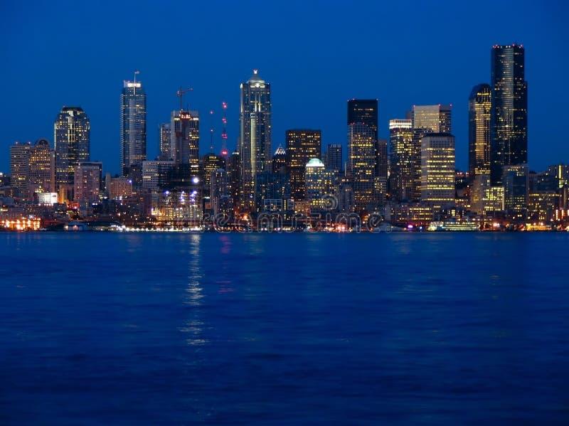 город освещает seattle стоковые фотографии rf