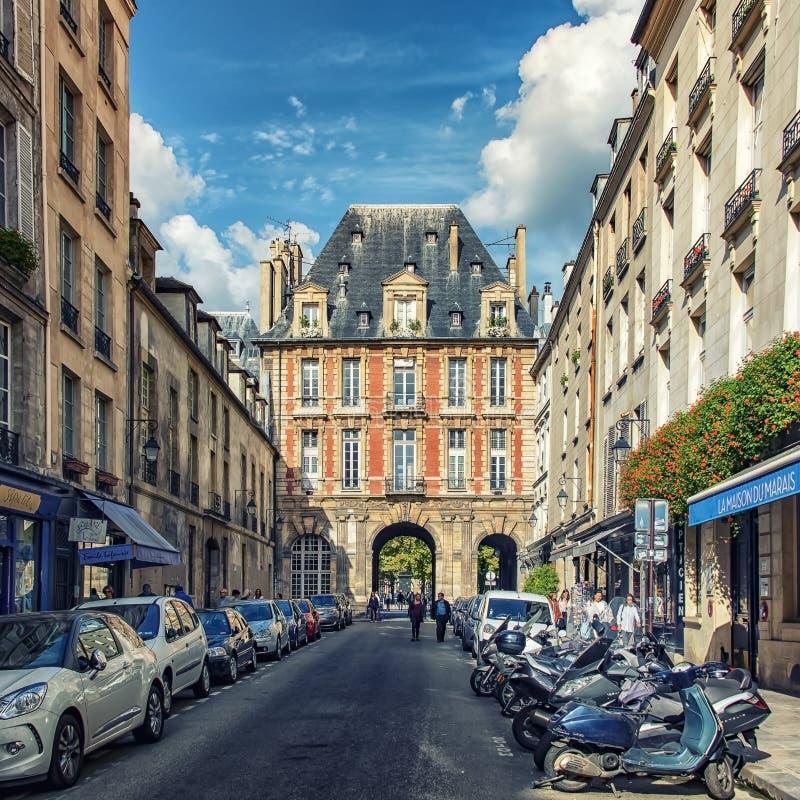 Город Парижа в дневном времени стоковое фото rf