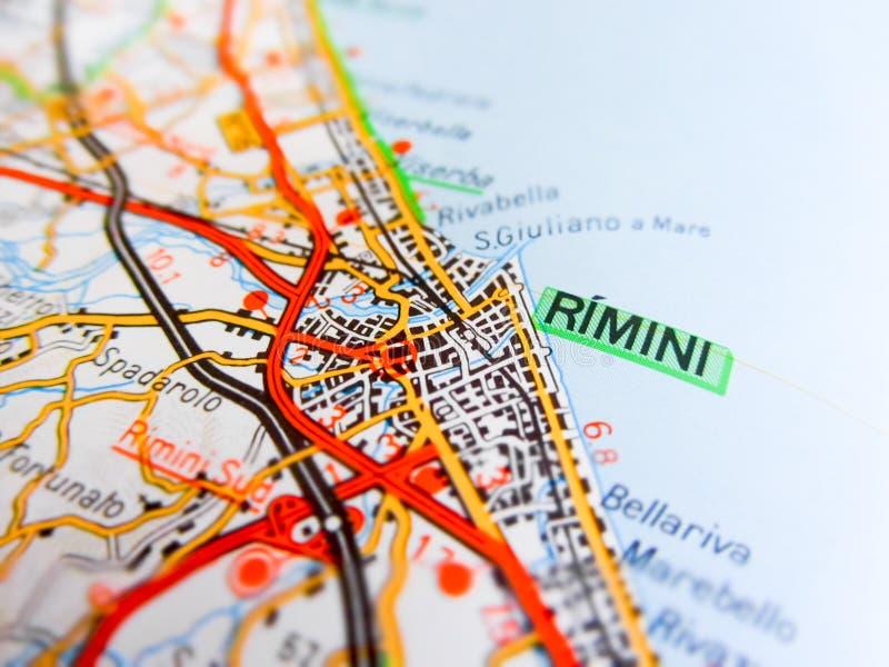 Город Римини над дорожной картой ИТАЛИЕЙ стоковые изображения rf