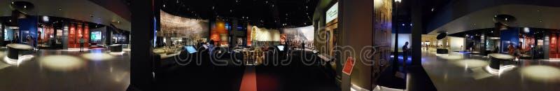 Город Сент-Луис музея свода ворот посещения людей стоковая фотография