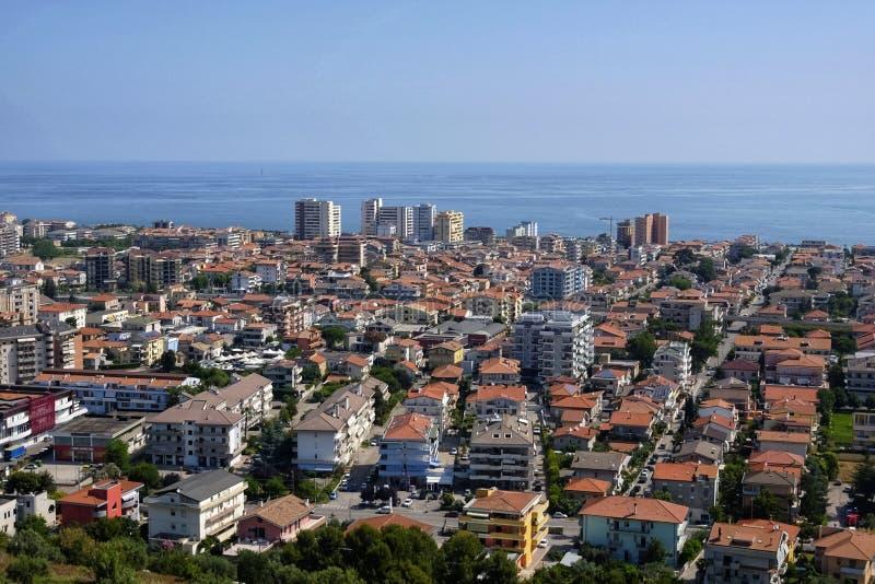 Город montesilvano сверху стоковая фотография