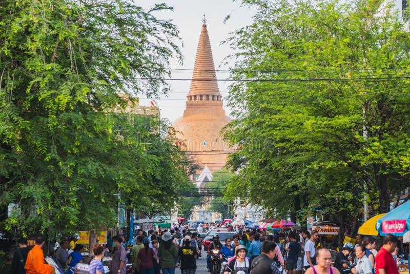 Город Nakhon Pathom, Таиланд стоковое фото rf