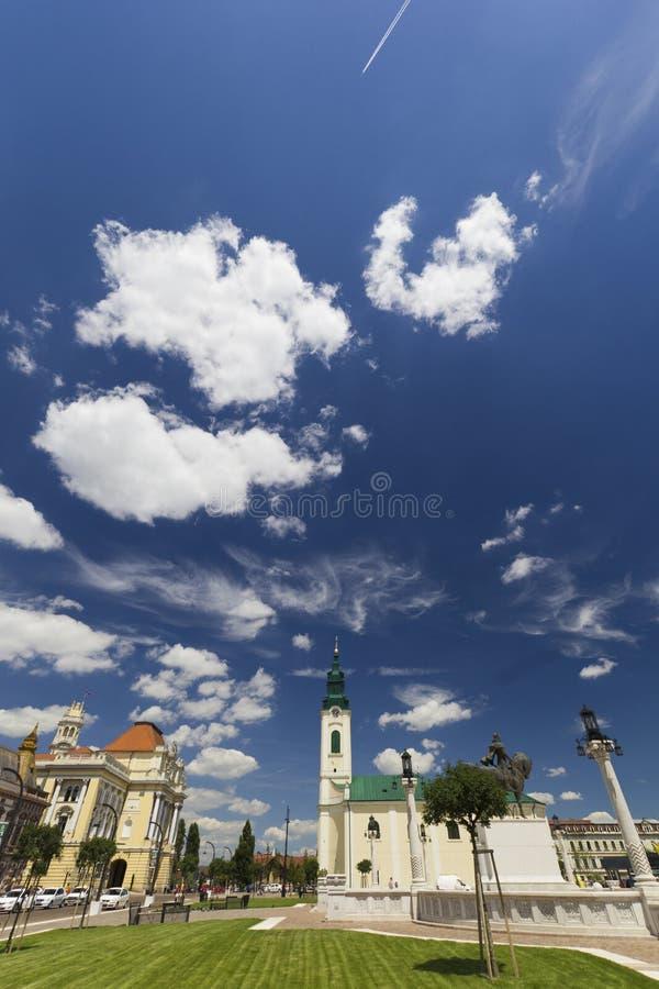 Город Oradea, квадрат Unirii, Румыния, голубое небо стоковое фото