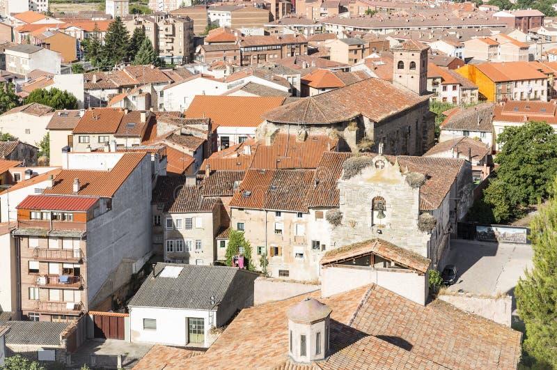 Download Город включая церковь Santa Maria, провинция Belorado Бургоса, Испании Стоковое Изображение - изображение насчитывающей город, историческо: 81801943