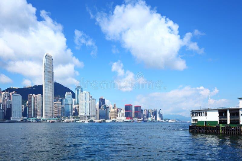 Download Город Гонконга стоковое фото. изображение насчитывающей самомоднейше - 33737926
