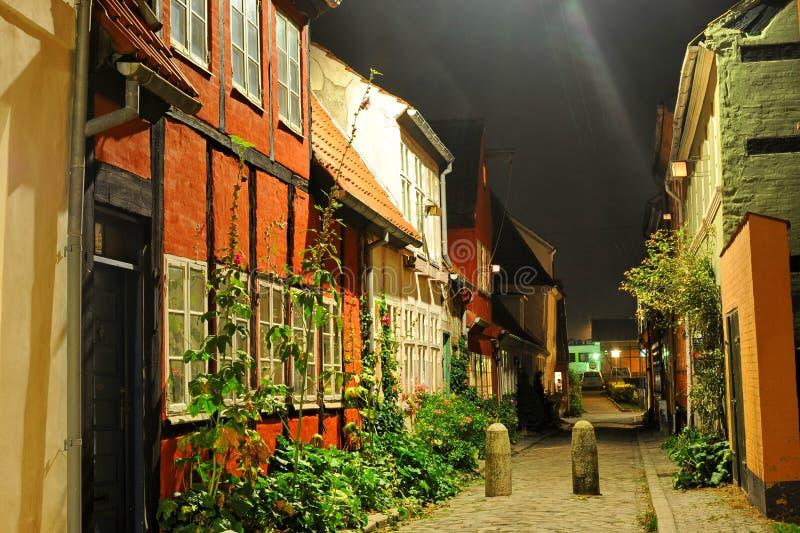 Город Дании, Helsingor на ноче стоковое фото rf