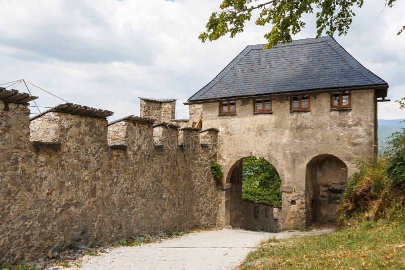 Городища Hochosterwitz стоковые изображения