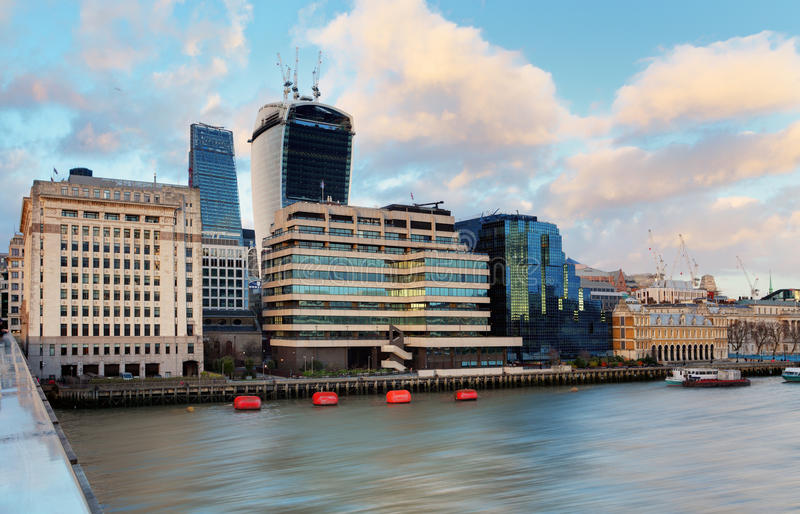 Download Город Лондона, Великобритании Стоковое Изображение - изображение насчитывающей bristols, london: 37930257