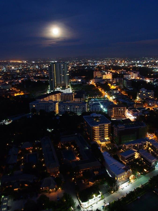 Город на ноче, Таиланд Паттайя стоковая фотография