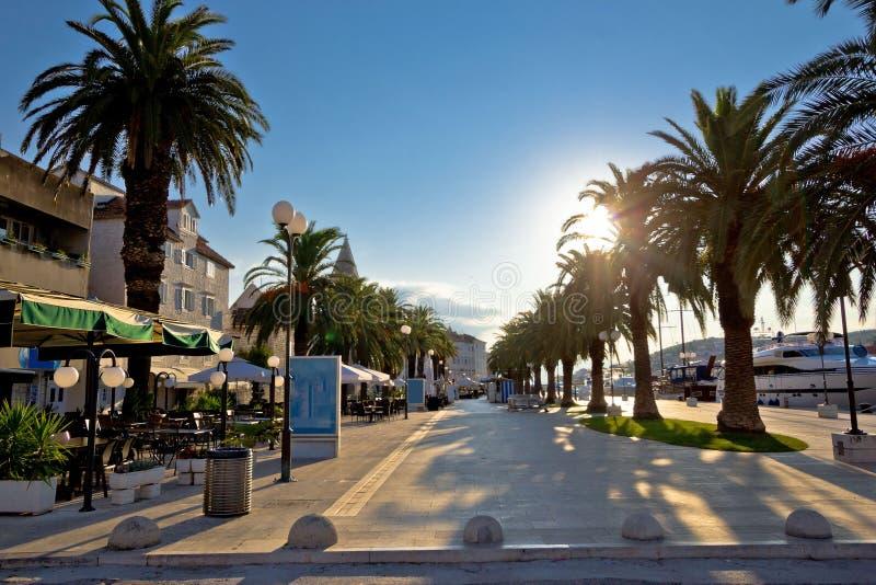 Городок взгляда восхода солнца портового района Trogir стоковая фотография