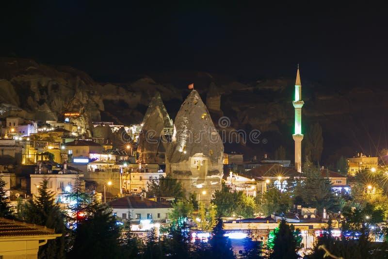 Городок ночи турецкий Goreme стоковое фото rf