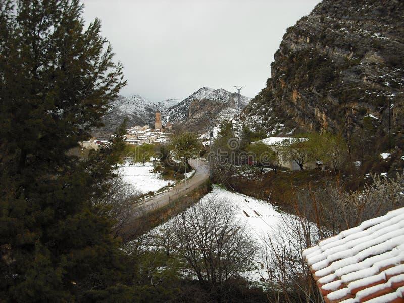Городок Теруэль шел снег стоковая фотография