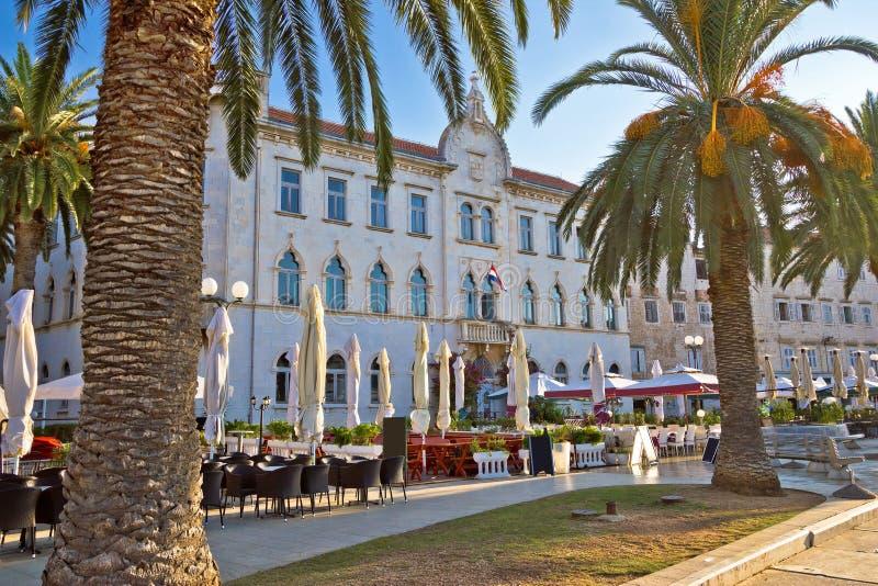 Городок ЮНЕСКО архитектуры портового района Trogir стоковые фотографии rf