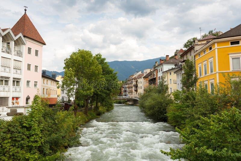 Городок Bruneck в Италии стоковые фотографии rf