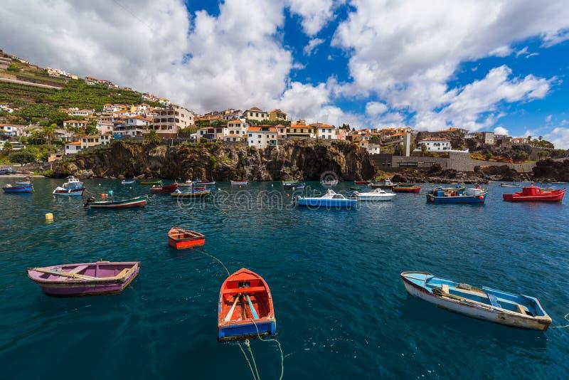 Городок Camara de Lobos - Мадейра Португалия стоковые фото