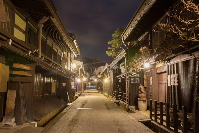 Городок Takayama в ноче на gifu Японии стоковые изображения