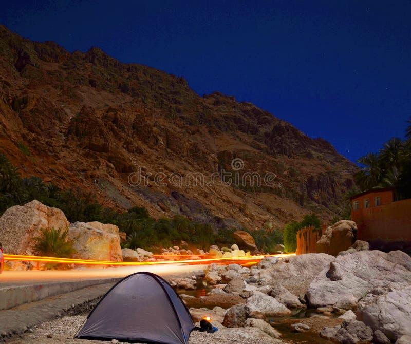 Город Омана, водопад shaab вадей стоковая фотография