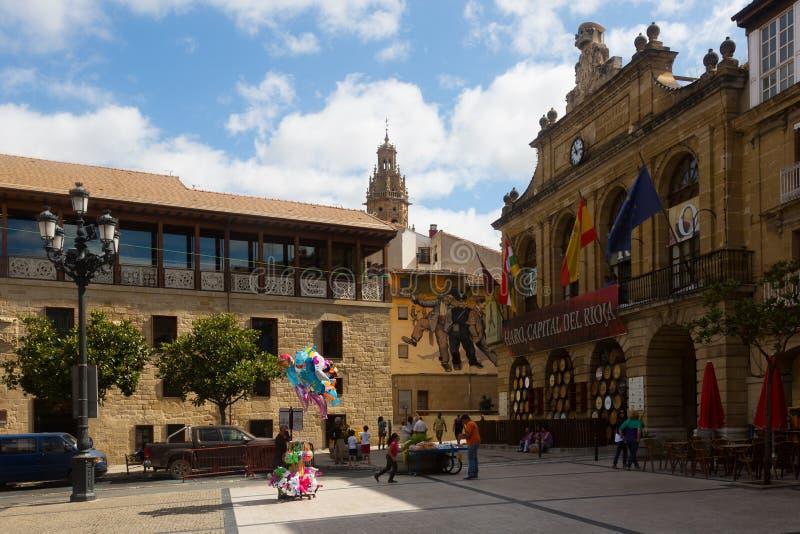 Городская площадь в Haro, La Rioja стоковые изображения rf