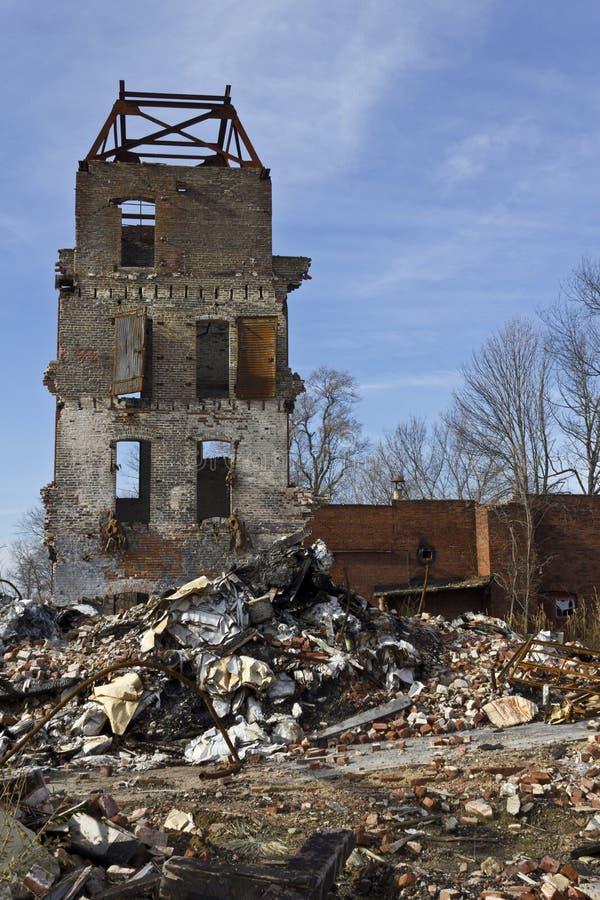 Городские трущобы фабрики - покинутая фабрика VII стоковая фотография rf