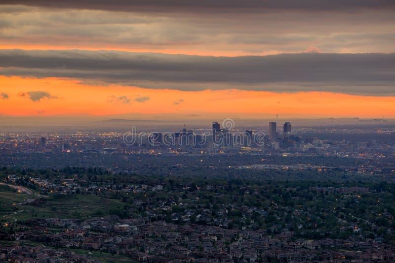 Городской восход солнца Денвера стоковые фотографии rf