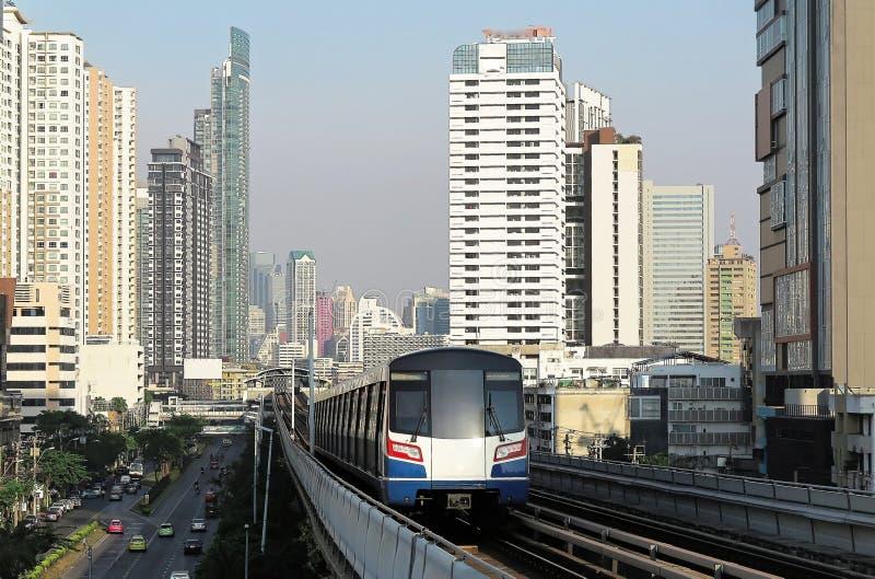 Городской пейзаж Бангкока, быстрой превращаясь столицы Таиланда стоковая фотография rf
