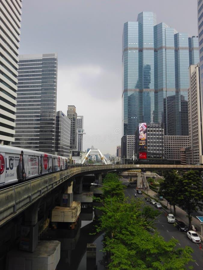 Городской пейзаж Бангкока от BTS стоковое изображение
