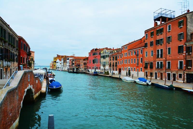 Городской пейзаж и исторические здания, в Венеции, Италия стоковая фотография